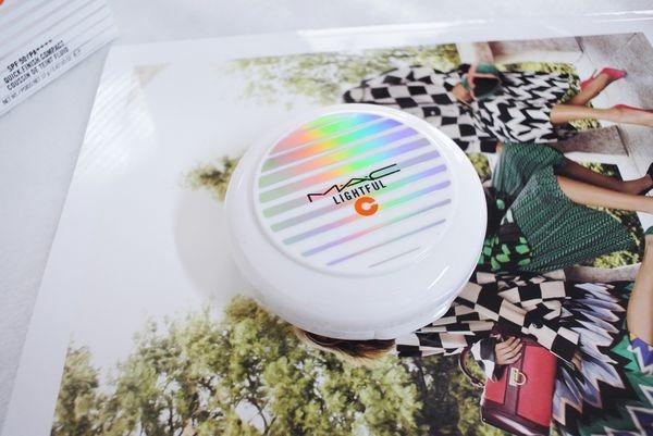♣ 防脫妝不暗沉 ↬ M.A.C 亮白C美白氣墊粉餅 SPF50/PA++++ ✍ 體驗