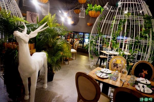 【高雄】♚ J.C.co 藝術廚房♚彷彿踏進精靈住在的森林.鳥籠裡的座位.新開幕超人氣餐廳.無國界料理.文山特區美食
