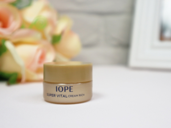 IOPE艾諾碧-時光金鑰緻顏修護霜(黃金霜)-時光金鑰緻顏全套體驗組-心得8.jpg