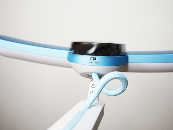 BENQ親子共讀護眼檯燈-寬廣照明、亮度偵測、護眼推薦|WiT-MindDuo18.jpg