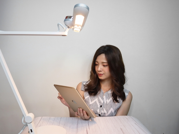 BENQ親子共讀護眼檯燈-寬廣照明、亮度偵測、護眼推薦|WiT-MindDuo44.jpg