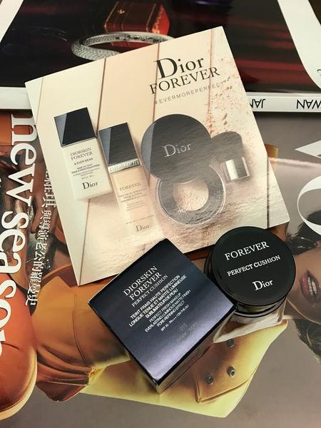 [美妝]Dior Forever 超完美持久氣墊粉餅 女星們持妝16小時的秘密!