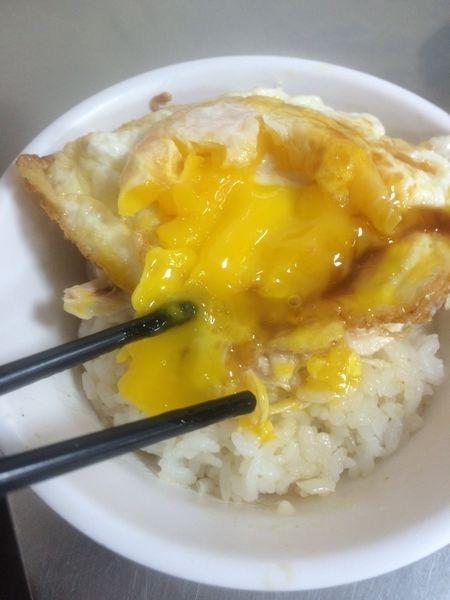 台北中山松江平價美食推薦 梁記雞肉飯