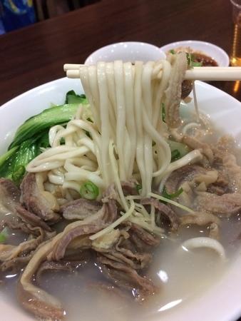 台北大安牛肉麵推薦 赤牛城 平價美食 竟然是白湯