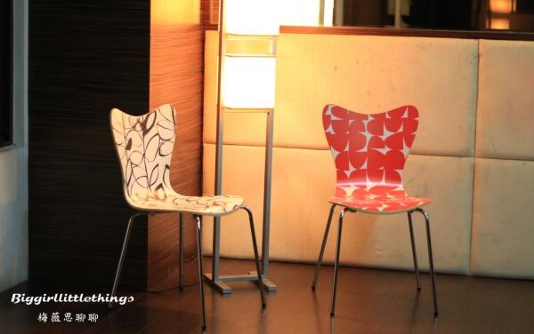 [ 生活 ] 【 +居|經典曲木椅 】親愛的,一起來坐在一張美好的椅子上‧期待更幸福的生活到來