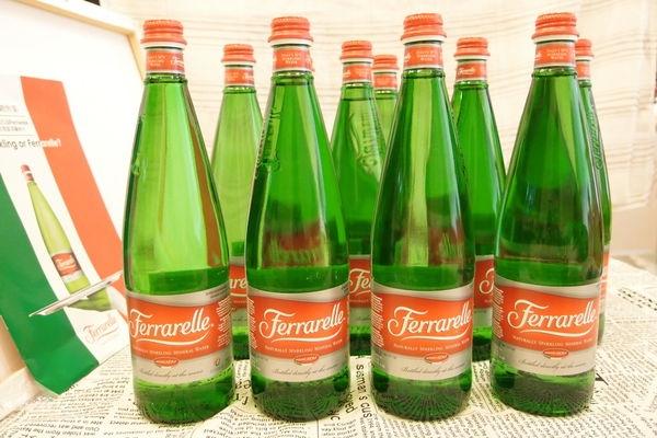 [ 特稿 ] 【義大利法拉蕊Ferrarelle原生態氣泡礦泉水】佐餐的最佳氣泡水