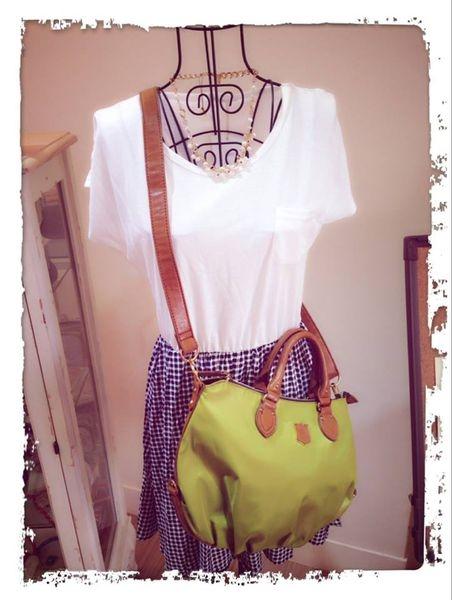 [日系包款] 相同的洋裝 搭配不同包包 也有不一樣的感覺喔!!