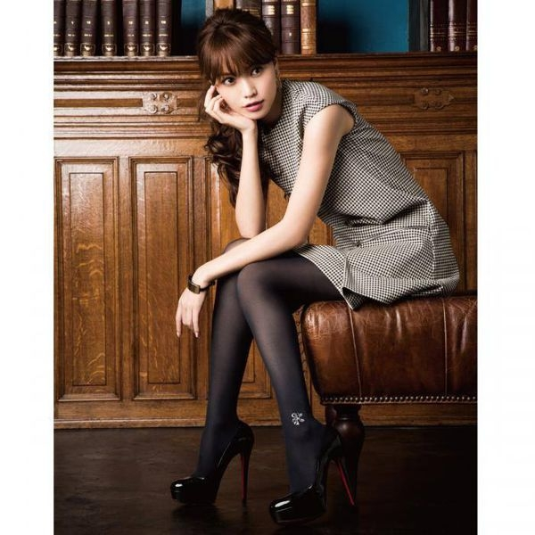 [日本雜貨] 美腿需要搭配美麗的絲襪  f*ing PANTY STOCKING