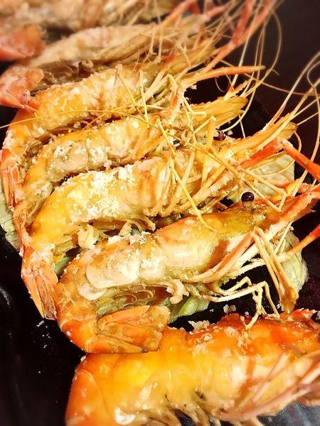 【食記】 桃園市活跳跳活蝦餐廳    海鮮餐廳令我們興奮的活蝦料理