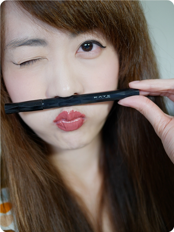 用【KATE進化版持久液體眼線筆EX】輕鬆打造偽素顏好氣色妝容/精明幹練妝容