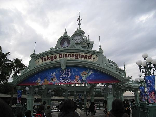 【東京自由行】2008秋DAY 7-Disneyland東京迪士尼25周年(上)