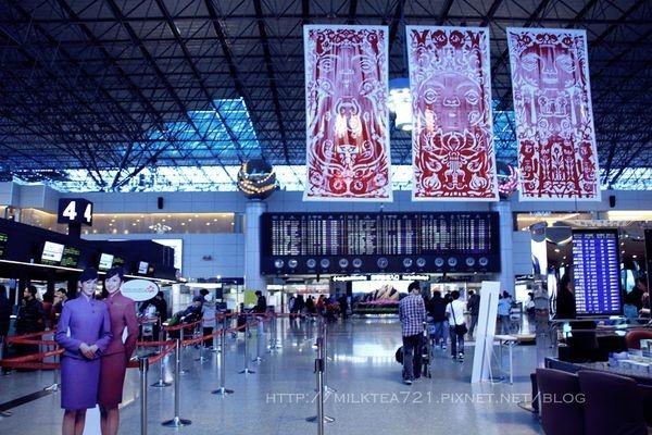 中國東方航空台北/上海+磁浮列車體驗
