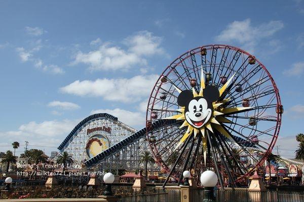[美國˙加州]洛杉磯迪士尼加州冒險樂園Disney California Adventure米奇摩天輪,阿拉丁劇場,小綠人街頭show(上)