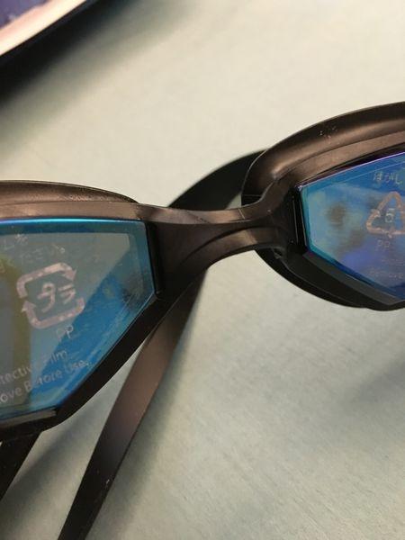 勸敗開箱文之日本機場免稅敗回 國家選手選用牌子 SWANS SEVEN系列 泳鏡