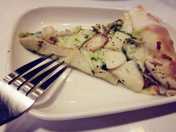 【台北北投】Part Time Su 偶爾素一下:健康美味的蔬食披薩!