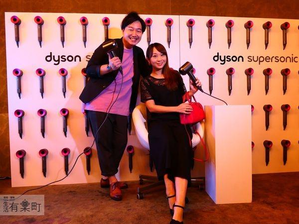 【好物開箱】Dyson Supersonic吹風機:桃紅色炫風新色降臨,皮革限量版精裝收納盒;專為快速乾髮設計,奢華時尚從頭開始