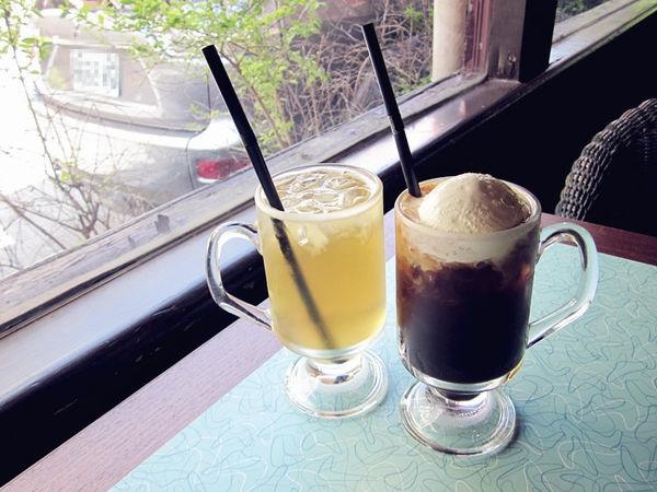 【花蓮咖啡廳懶人包】花蓮咖啡店推薦:來去花蓮喝咖啡,10家特色咖啡店分享;輕旅行下午茶推薦好去處,文青老宅簡約風格通通有