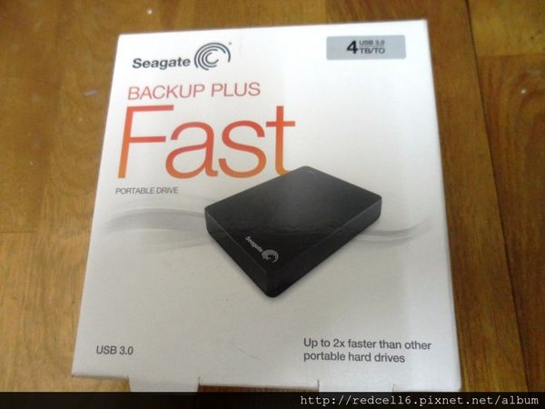 高速大容量Seagate Backup Plus Fast 4TB行動硬碟開箱體驗心得