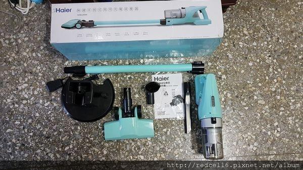 [群光電子代理]居家清潔好幫手~Haier海爾無線羽靓級HEPA零耗材手持二合一吸塵器(HZB1205M)體驗心得分享
