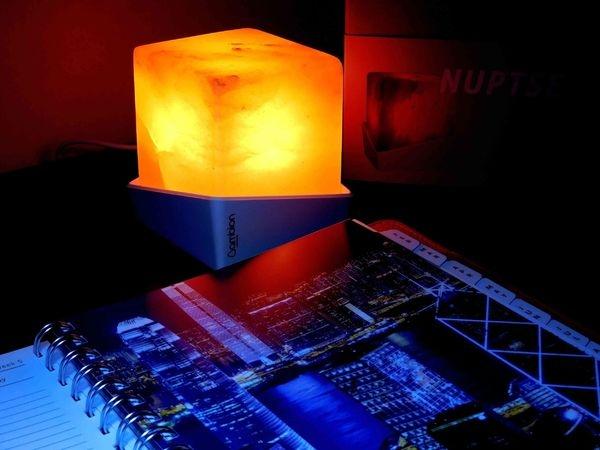 AMBION LIGHTING 塩燈^^鹽燈世界的潮流品牌^^設計的超潮的!!24小時不滅的燈^^可當小夜燈使用喔!!