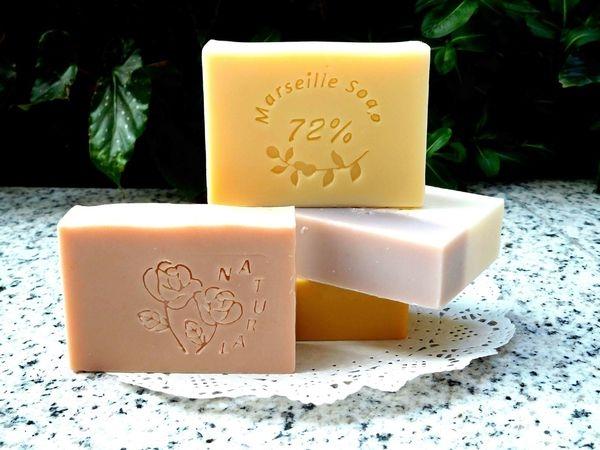 植萃坊・天然花草果手工皂^^秋冬款的滋潤型皂皂!!洗起來一點都不乾澀+氣味超好聞!!
