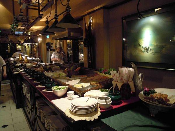 <台北仁愛路~食記>台北超值得一吃的歐式自助餐*^^*沾美西餐廳~一定要來吃的吃到飽Buffet!