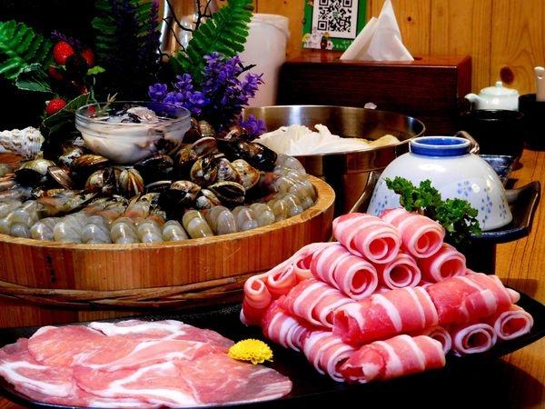 【台北松江南京】婧Shabu 火鍋 愛吃蝦子的快點來!!台北CP值破表的蠔蚌蚌套餐30隻金鑽蝦讓你吃的嫑嫑的!!