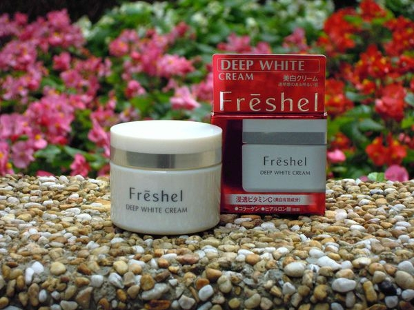Freshel膚蕊 深度美白乳霜❤超平價好上手的美白乳霜~幾乎全膚質都可使用喔!鴨子愛試用^^