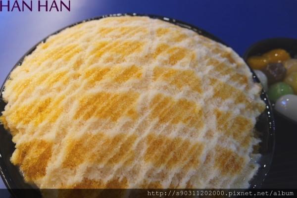 【台南東區焦糖包心粉圓】 焦糖口味ㄘㄨㄚˋ冰,配上特殊的包心粉圓~
