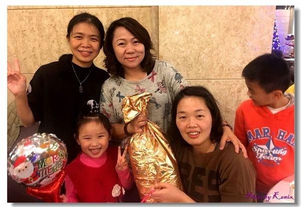 三德大飯店向陽庭中餐~聖誕節交換禮物PA1