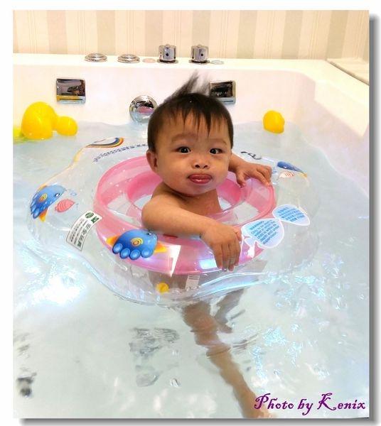 小粉圓成長記事~貴婦級的享受~Baby游泳+SPA初體驗