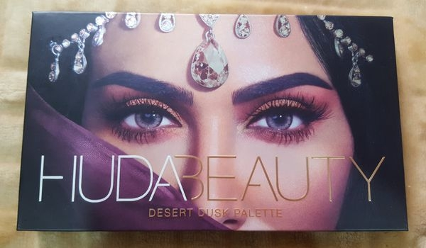 Huda Beauty Desert Dusk Palette沙漠黃昏眼影盤