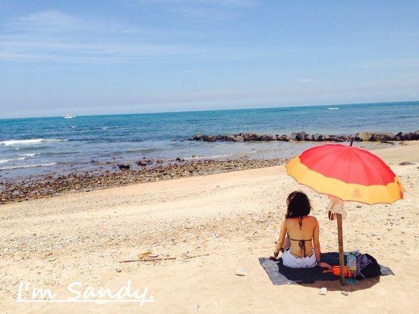 新北淡水北海岸的祕境【屯山小坊】珊迪私房景點,陽光沙灘比基尼