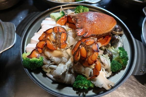 大紅蠔海鮮鍋.JPG
