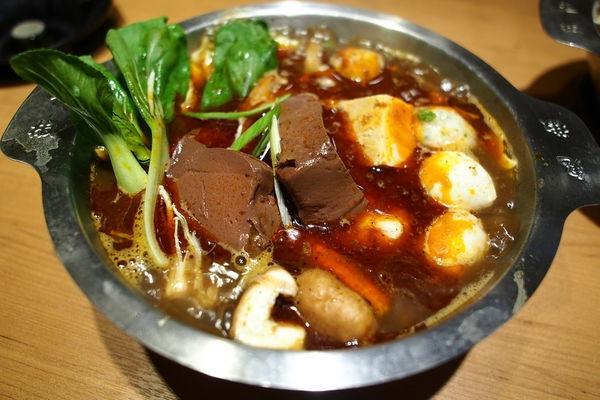 台南永康 鬼椒一番鍋 辣得很過癮