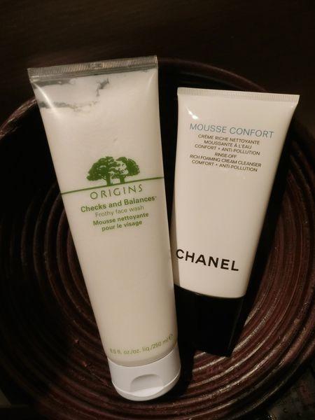 最近熱愛中  ORIGINS品木宣言一蒟兩得潔面慕絲xCHANEL香奈兒深層保濕水潤潔膚乳x簡單保養淨荳潔顏慕斯