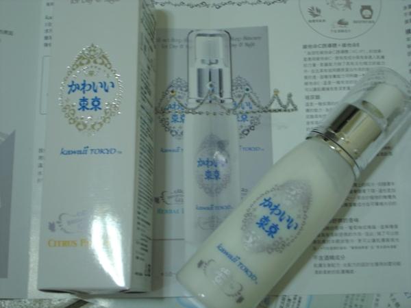 """一瓶搞定-kawaii tokyo五合一保濕水凝凍""""葡萄柚果香"""""""