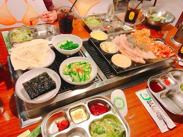 [台北 中山] 超推薦 日式韓風燒肉店 菜豚屋 有機生菜吃到飽