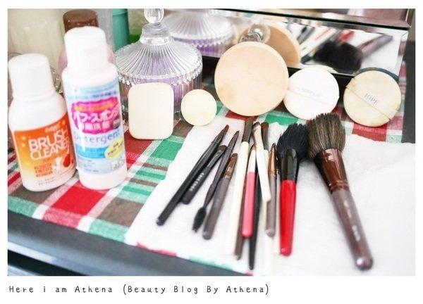 定時清洗刷具粉撲 才是畫一個完美底妝的關鍵♥