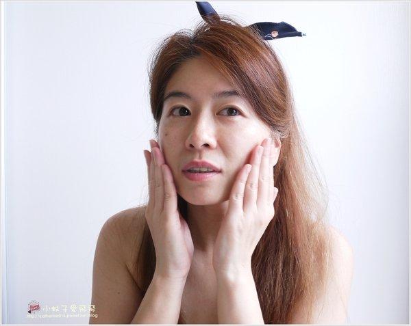 19 化妝水.JPG