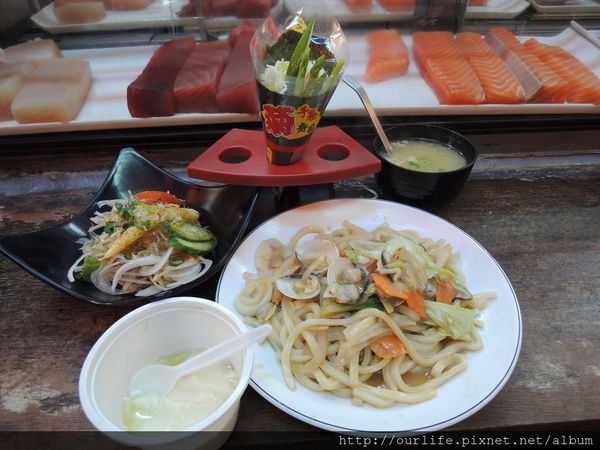 台中.價平味美吃很爽的日式料理@一本壽司
