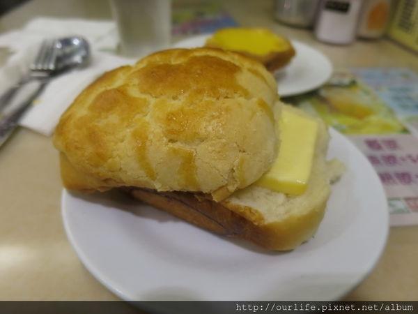 香港灣仔.名過其實吱吱的冰火菠蘿包@檀島咖啡