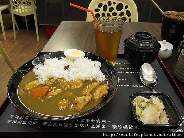 台中.滑嫩咖哩雞肉飯@豐之味咖哩蛋包飯專賣店