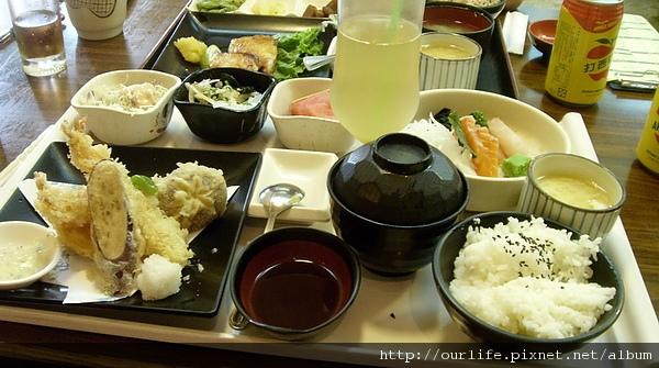 台中.正點炸蝦天婦羅+生魚片@水車日本料理