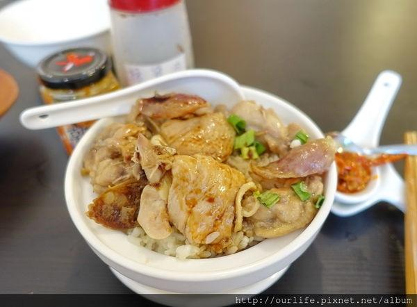 台中精明商圈.道地港式臘腸滑雞蒸飯@粵港珍媽養生湯品店