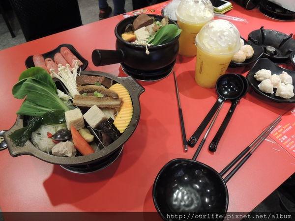 台中.135元麻辣牛肉鍋@老先覺小火鍋