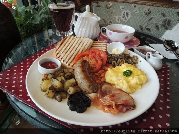 台中.價格很硬鐵的英式早餐@軟鐵英式早午餐(+wifi)