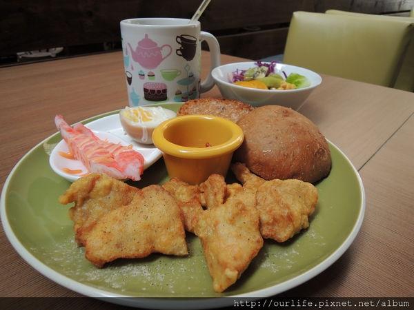 台中.價格誠意餐點實在的日式唐揚雞早餐@澄意朝食(+wifi)