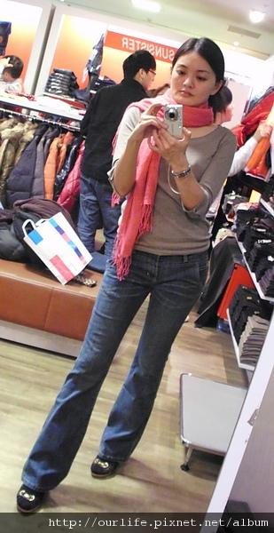 牛仔褲流血價特賣@新光三越10樓.Bobson牛仔褲