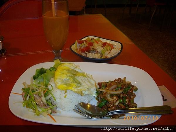 台中.吃巧又吃飽泰式個人餐@泰廚泰式餐館